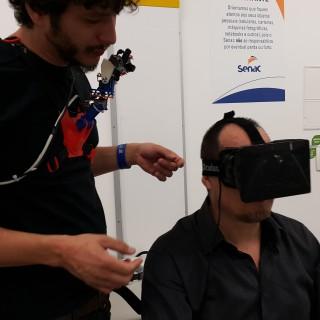"""BeAnother Lab, experimento de realidade virtual, propõe """"troca de corpos"""" entre os participantes"""
